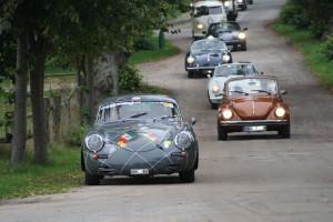 Classics Einfahrt mehrere Fahrzeuge RT60